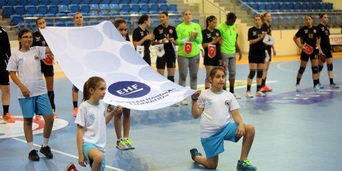 Yenimahalleli kadın hentbolcular EHF Kupası'nda ikinci tura yükseldi