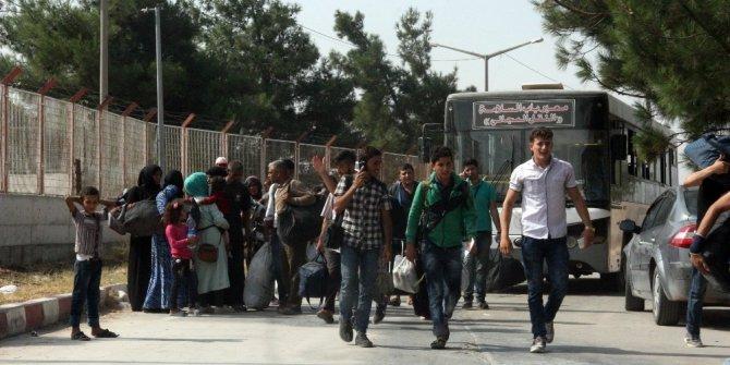 Bayramı ülkelerinde geçiren 25 bin Suriyeli Türkiye'ye döndü