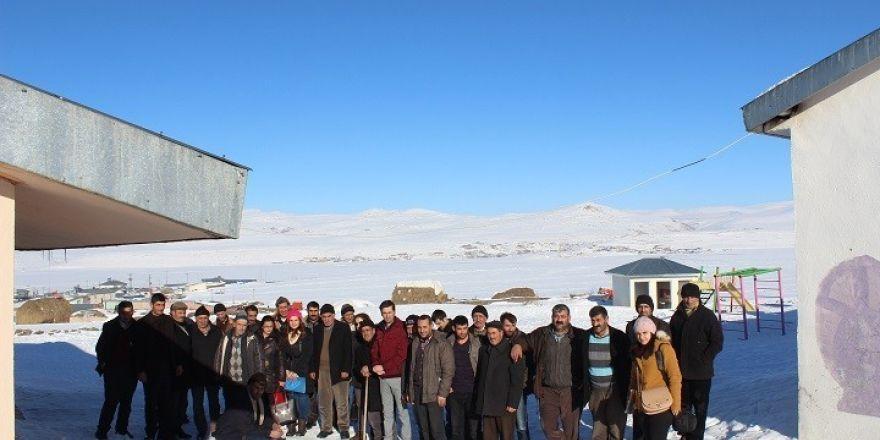 Tazeköy Köyünde çiftçi eğitim toplantısı yapıldı