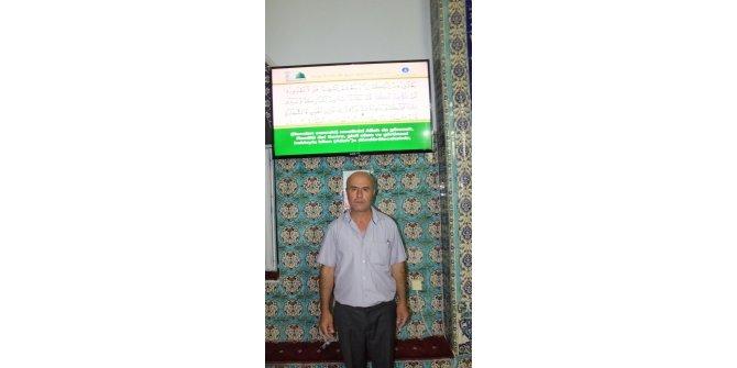 Burhaniye'de hayırsever bir vatandaş televizyon hediye etti