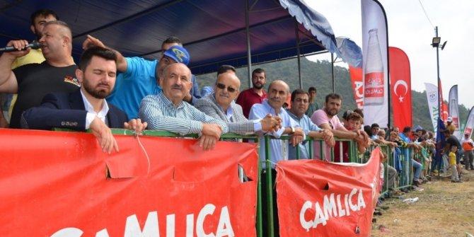 İznik'te motokros yarışları nefes kesti