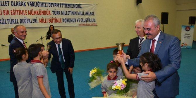 Karabük'te 37 bin öğrenci ders başı yaptı