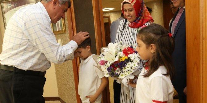 """Başkan Karaosmanoğlu: """"Çocuklarımız cennet vatanımızın geleceğidir''"""