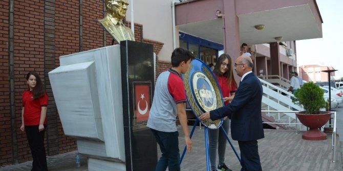 Niksar'da 9 bin 77 öğrenci ders başı yaptı