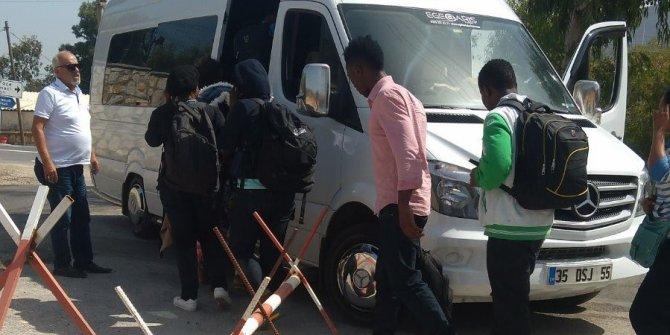 Çalılıkların arkasına saklanan 57 Suriyeli yakalandı