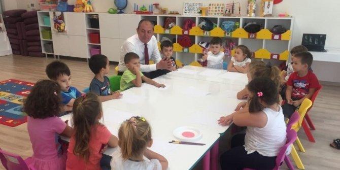 Başkan Işık'tan öğrencilere sürpriz hediye