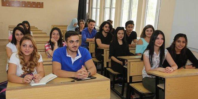 CÜ'de akademik yıl başladı