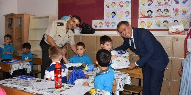 Bigadiç'de yeni eğitim öğretim yılı törenle başladı