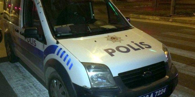 Alkollü sürücü polis aracına çarpıp kaçtı