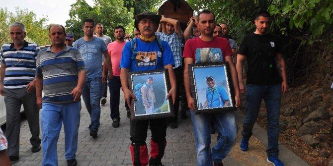 Tur minibüsü kazasında hayatını kaybeden Çetin toprağa verildi