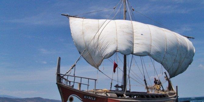 Foça'nın antik gemisi 'Kybele'ye özel ödül