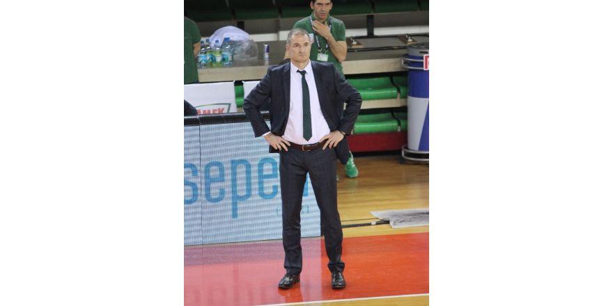 Fenerbahçe, Pınar Karşıyaka'yı uzatmada devirdi