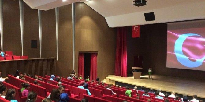 Arapgir'de İlköğretim Haftası kutlandı