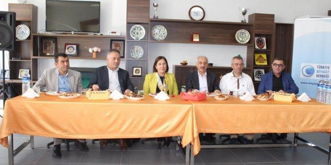 Türkiye Beyazay Derneği İç Anadolu ve Karadeniz bölge toplantısı Çorum'da yapıldı