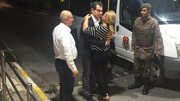 Cumhuriyet Gazetesi Davasında Ara Karar: Kadri Gürsel Tahliye Edildi