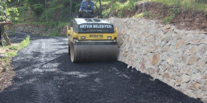 Artvin'de Üç Ayda 500 Ton Asfalt Döküldü