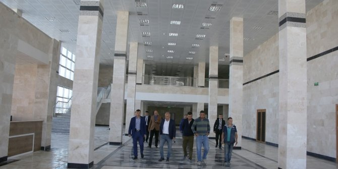 Karaman'da Fuar ve Kongre Merkezi tamamlandı