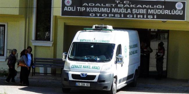 PKK'lıların cenazelerini HDP'li vekiller aldı