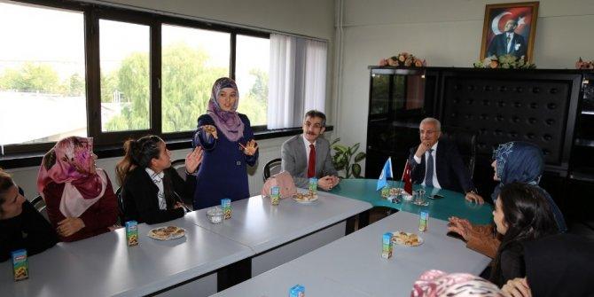 Engelli kursiyerlerden Başkan Başsoy'a teşekkür