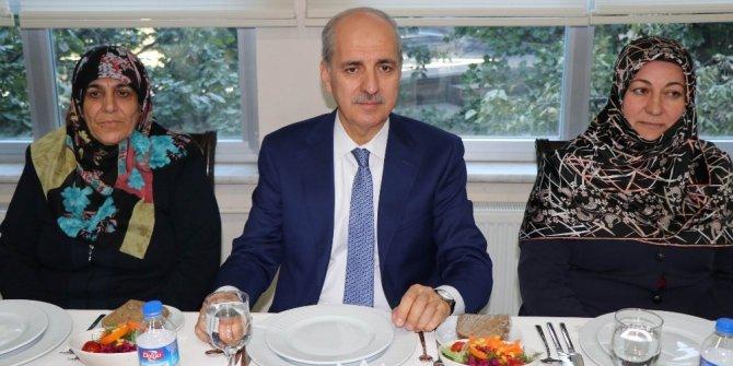Bakan Kurtulmuş, Nevşehir'de şehit aileleri ve gaziler ile yemekte buluştu