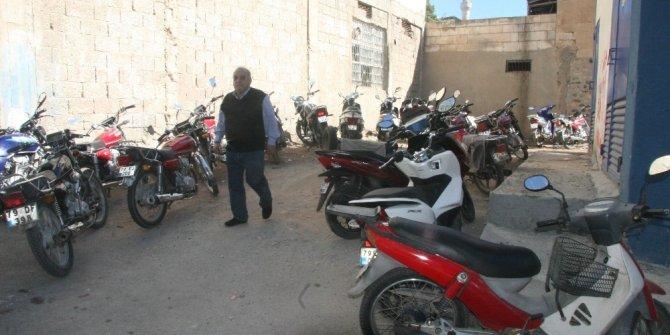 Kilis'te park ücreti ödemek istemeyen sürücüler sokakları işgal etti
