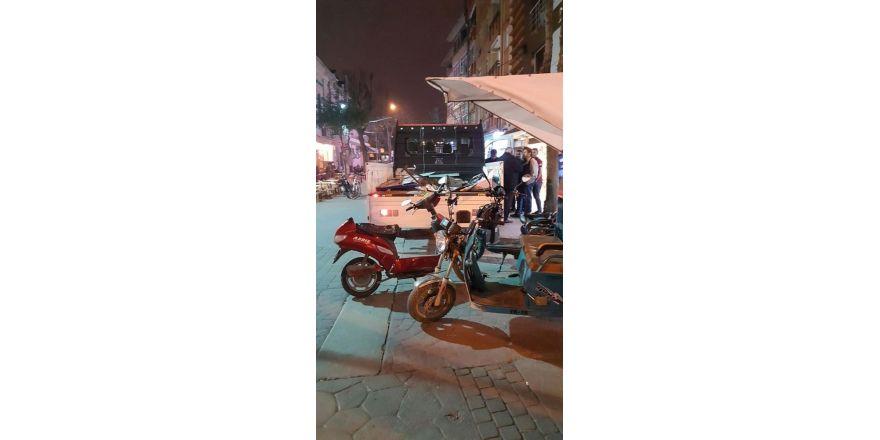 Çark Caddesinde bisiklet kullananların bisikletleri toplandı