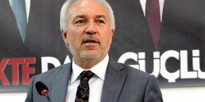Başkan Kamil Saraçoğlu: Vatandaşın haklı tepkisine yol açan alt geçitleri belediye değil, TCDD yapıyor