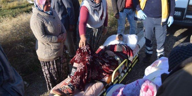 Patates toplayan işçileri taşıyan minibüs dereye uçtu: 12 yaralı