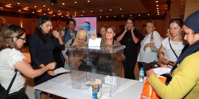 Toros kadınları emek pazarında demoktarik seçim