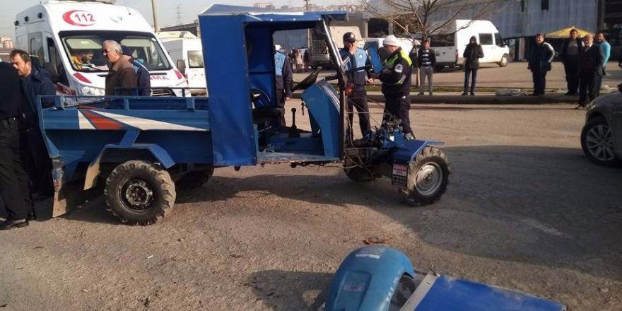 Alaplı'da patpat ile kamyon çarpıştı: 2 yaralı
