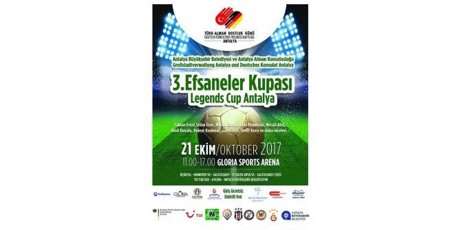 Antalya yıldız futbolcuları ağırlıyor
