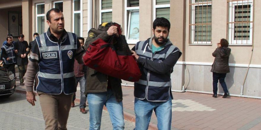 UEPSAŞ'ı soyan iki kişi yakalandı