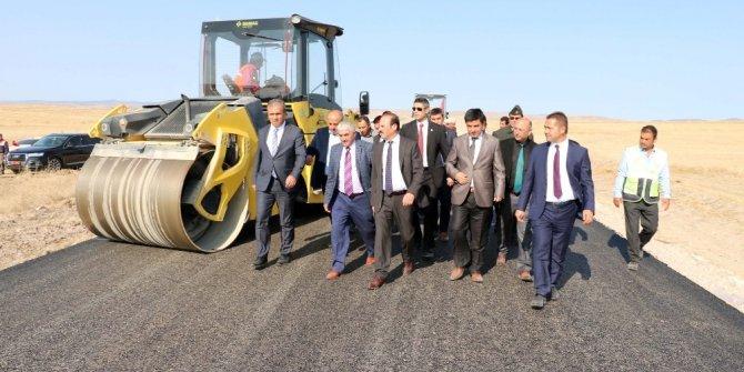 Yozgat'ta köy yolları sıcak asfaltla buluştu