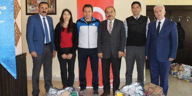 Karaman'da okul sporları bilgilendirme toplantısı