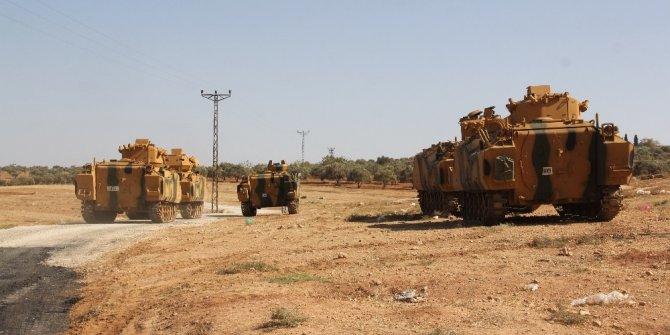 Suriye sınırına zırhlı personel taşıyıcı sevkiyatı