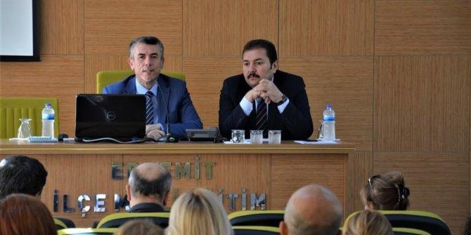 Kaymakam Ali Sırmalı Rehber Öğretmenler Toplantısına katıldı