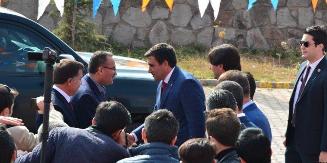 """Bekir Bozdağ: """"Bizden önceki hükümet bir tünel yapmayı beceremediler"""""""
