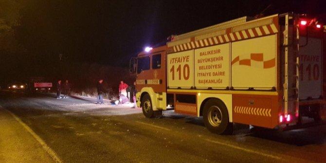 Dursunbey'de otomobil şarampolden uçtu:1 Ölü 1 Yaralı