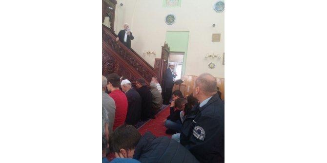 Bozüyük'te Kasımpaşa Orta Camii'nde işaret dili ile cuma hutbesi veriliyor