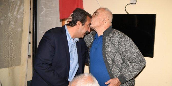 """Çetin: """"Halkımızla gece gündüz kucaklaşıyoruz"""""""