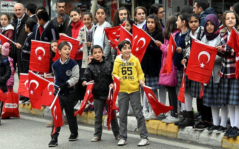 2017 - En güzel 29 Ekim Cumhuriyet Bayramı şiirleri