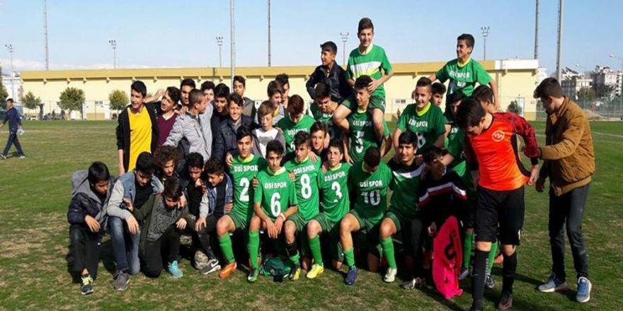 DSİ Spor U15 takımı Antalya şampiyonu oldu