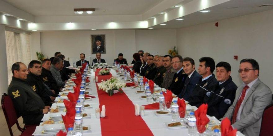 Karaman'da halk oylaması güvenlik toplantısı yapıldı