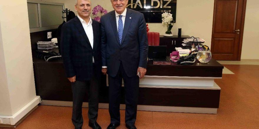 Başkan Karaosmanoğlu, Haldız Grup'u ziyaret etti