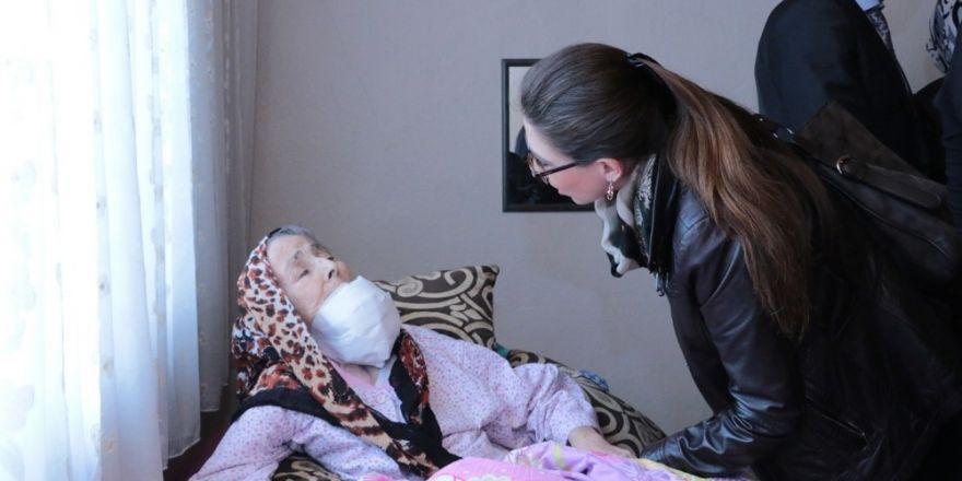 Başkan Yılmaz, hasta ziyaretlerine devam ediyor