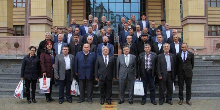 Başkan Yağcı ve muhtarlar Kütahya'da