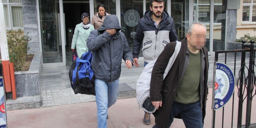 ByLock'tan gözaltına alınan öğretmenler adliyeye sevk edildi