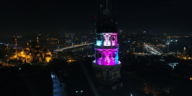 Işıklandırılan Beyazıt Kulesi havadan görüntülendi