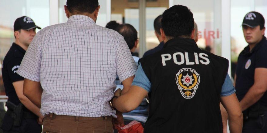 Edirne'de FETÖ/PDY soruşturmasına 190 tutuklama