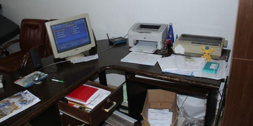 Muhtarın bilgisayarı çalındı